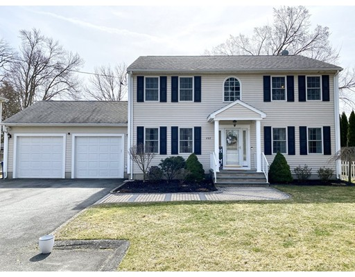 Beautiful custom built colonial in a great far North location on a dead-end street. Home has 2016 ft.² of living space with 3 spacious bedrooms 2.5 baths including a master suite with a large walk-in closet and en suite bathroom. As you come in through the handsome foyer to its expansive open floor plan you will find a big bright kitchen,    with granite countertop, stainless steel appliances a center island, and a large dining area with tile floors. Choose to sit in the large cozy living room, or in the ample family room with hardwood floors. Features central air, crown moldings, alarm system, a finished basement and laundry conveniently located on the first floor. The exterior is maintenance-free with a large composite deck, patio area, in a nice fenced in yard with irrigation system, above ground pool. Plus a 2 car oversized garage. This home has much to offer, come take a look at this beauty!