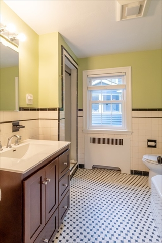 535 Great Plain Avenue Needham MA 02492