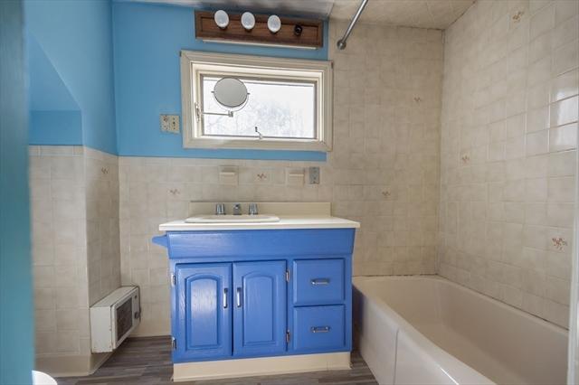 4-A Vinton Court Stoneham MA 02180