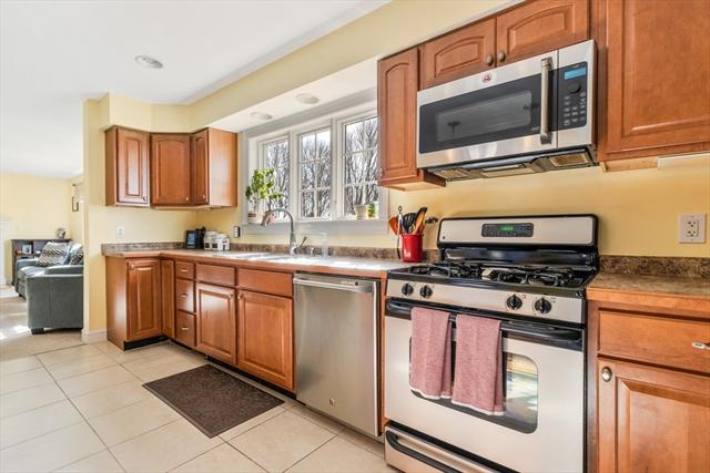 25 Wheeler Avenue Rockland MA 02370