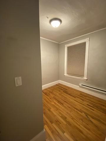 422 Hanover Street Boston MA 02113