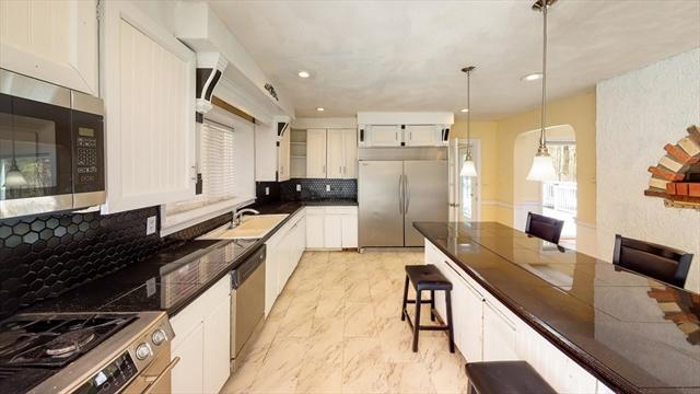 1761 Salem Street North Andover MA 01845