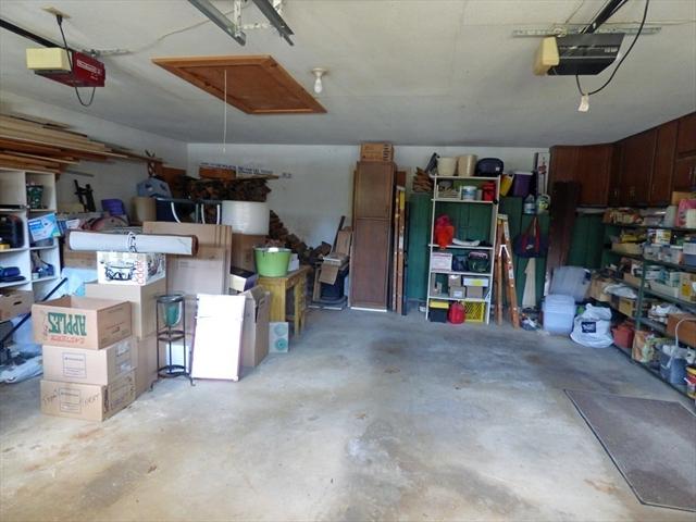 124 Pomeroy Lane Amherst MA 01002