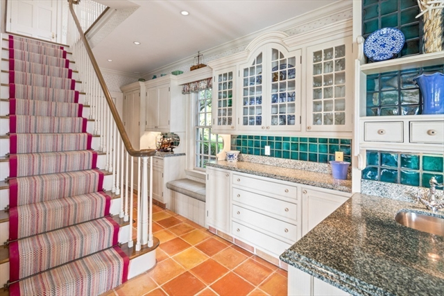 164 Crabtree Road Quincy MA 02171