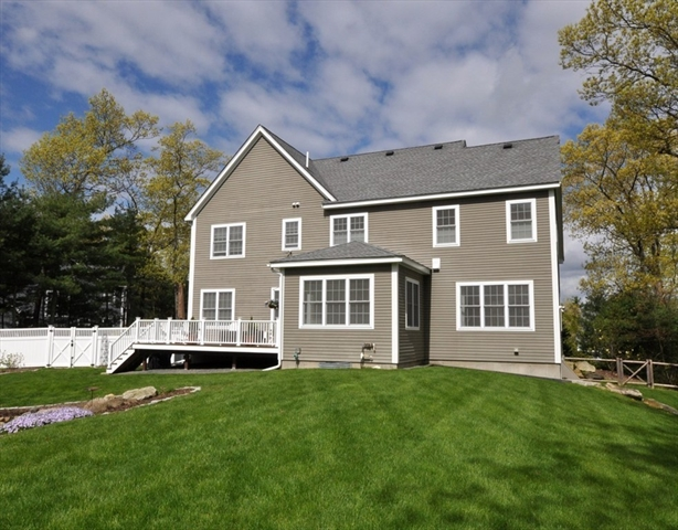 86 Dunster Drive Stow MA 01775