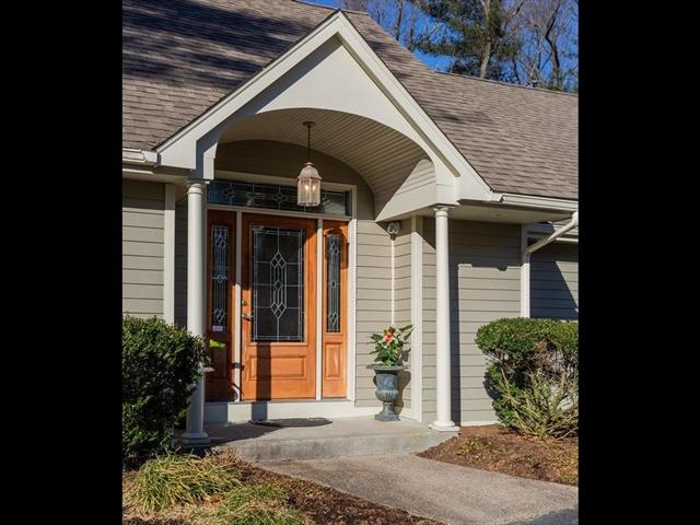 224 Tanglewood Drive Longmeadow MA 01106