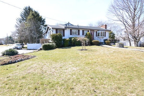 Photo of 104 Forest Park Rd. Woburn MA 01801