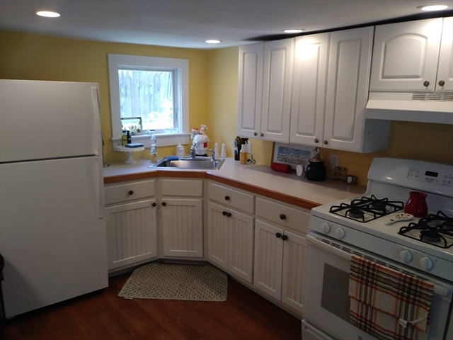 4 Lewis Court Gloucester MA 01930
