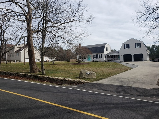 58 Quaker Lane Acushnet MA 02743
