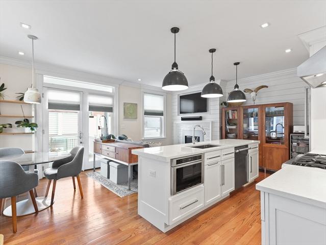 11 Holden St, Brookline, MA, 02445, Brookline Village  Home For Sale