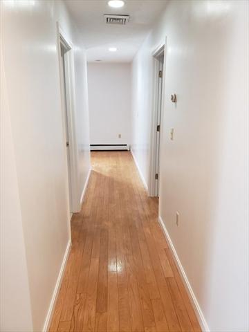 15 Sargent Avenue Leominster MA 01453
