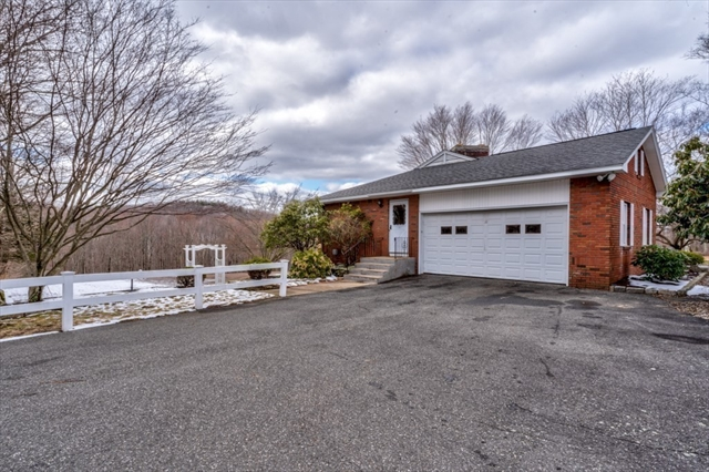 563 Glendale Road Hampden MA 01036