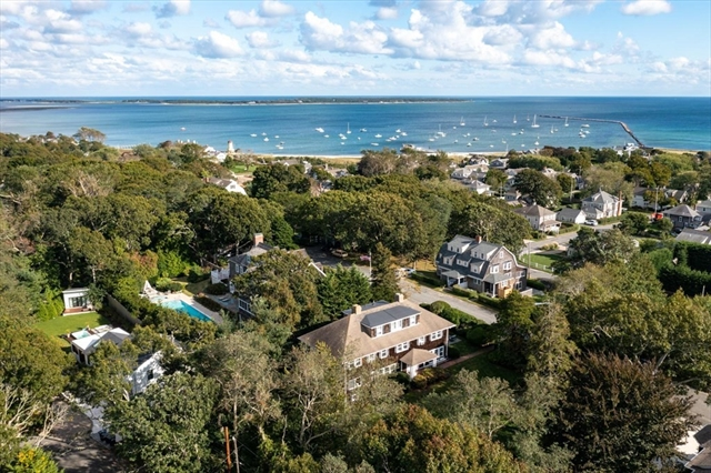 26 Grayton Avenue Barnstable MA 02647