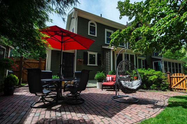 18 Myrtle Street Winchester MA 01890
