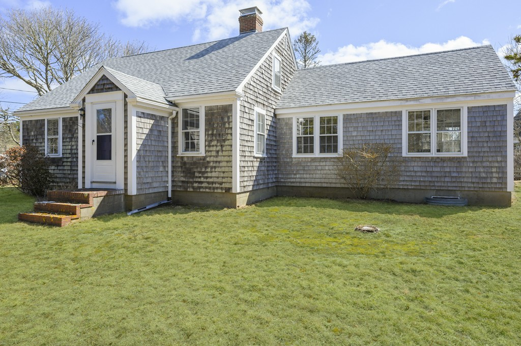 Photo of 40 Bay View Rd Chatham MA 02659