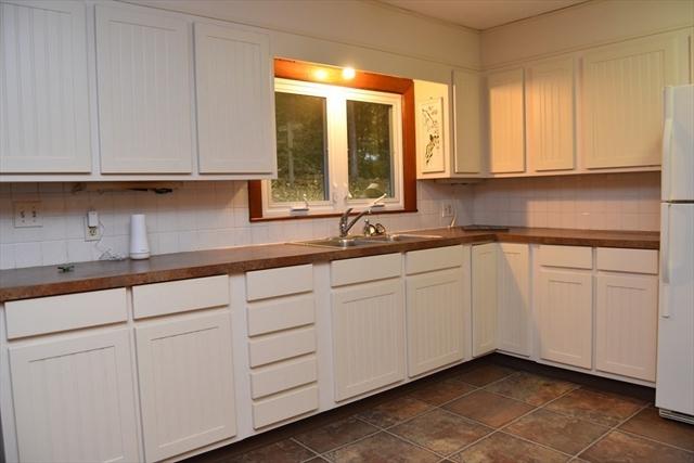 96 Montague Road Leverett MA 01054