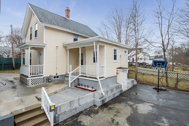 252 R Methuen Street Lowell MA 01850