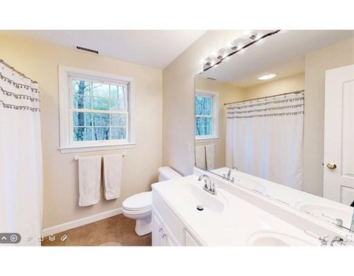Sold 120 Stanphyl Rd Uxbridge Ma 01569 5 Beds 3 Full Baths 520000