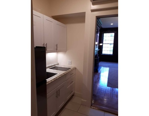 Photos of apartment on Commonwealth Ave.,Boston MA 02114