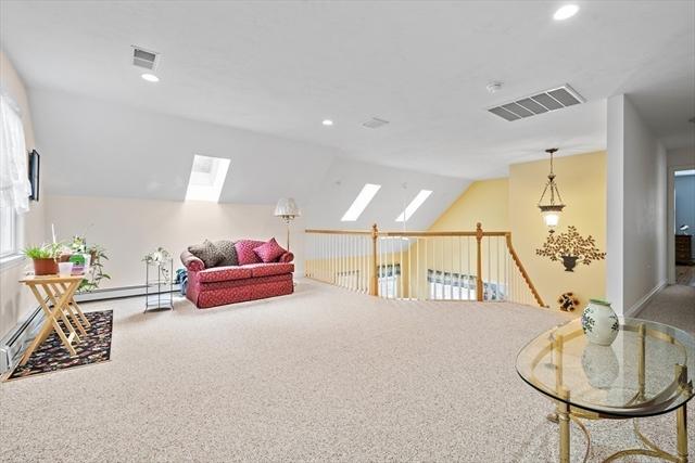 15 Arbor Hills Drive Kingston MA 02364