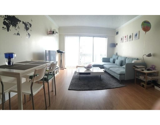 2 Beds, 1.5 Baths apartment in Boston, Allston for $2,200