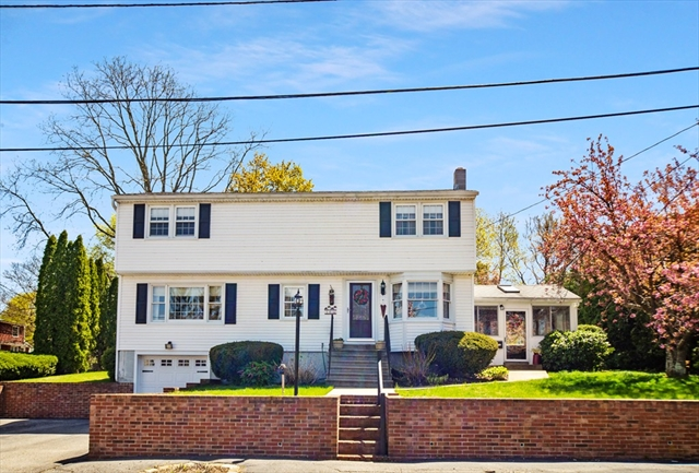 16 Thomas Street Clinton MA 01510