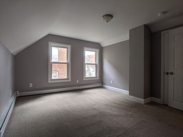 58 Cottage Green Enfield CT 06082