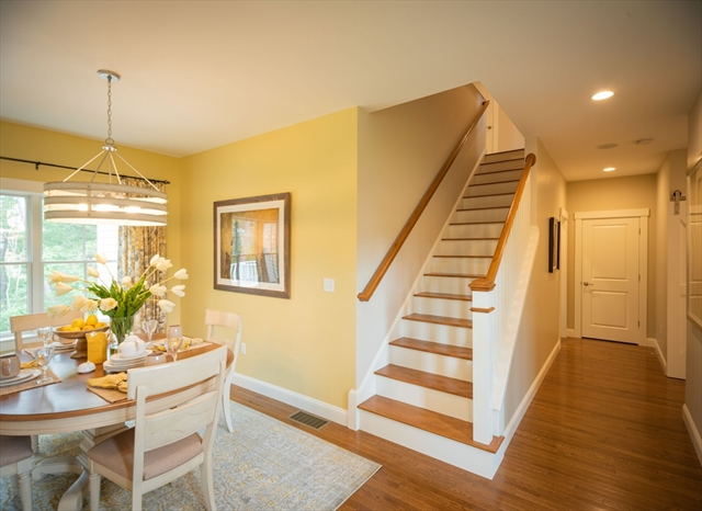 8 South View Way Plymouth MA 02360