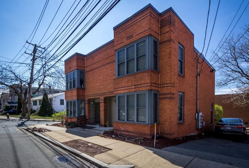 154 Fisher Ave, Boston, MA Image 25