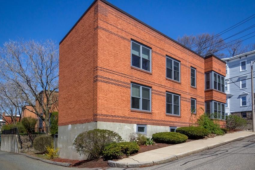 154 Fisher Ave, Boston, MA Image 26