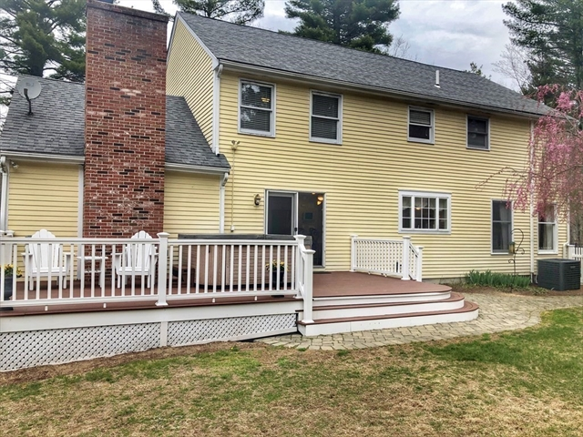 81 Laconia Circle North Andover MA 01845