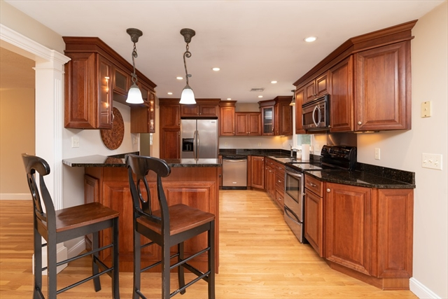16 HILLVIEW Road North Reading MA 01864