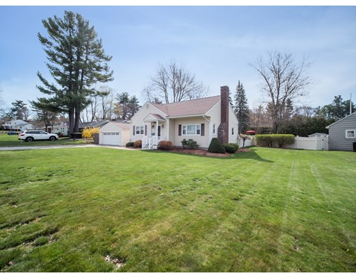 116 Parnell Place, Nashua, NH 03060