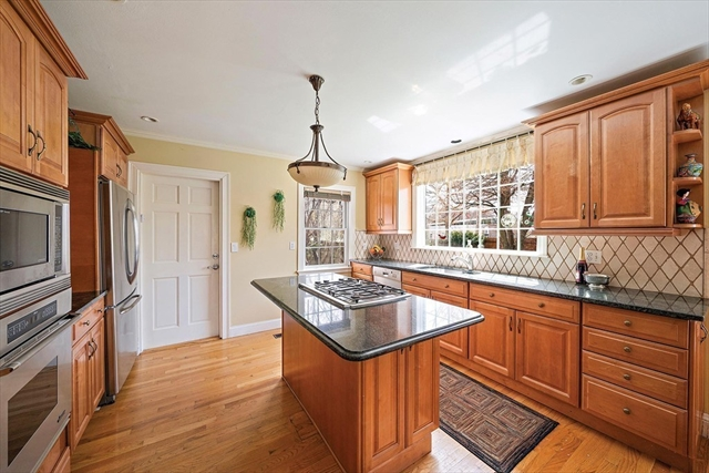5 Evelyn Road Newton MA 02468