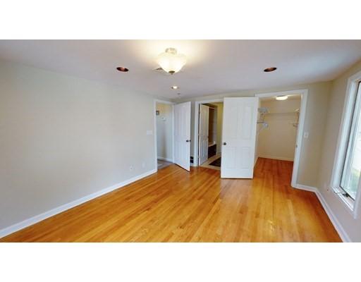 8 Brandley Rd, Watertown, MA 02472
