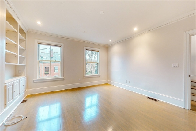 118 W Concord Street Boston MA 02118