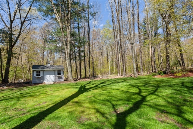 376 Woodland Circle Ludlow MA 01056