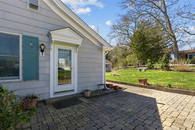 75 Jefferson Road Bourne MA 02532