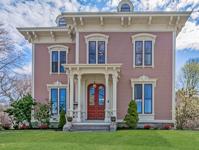 10 Hillside Avenue Winchester MA 01890