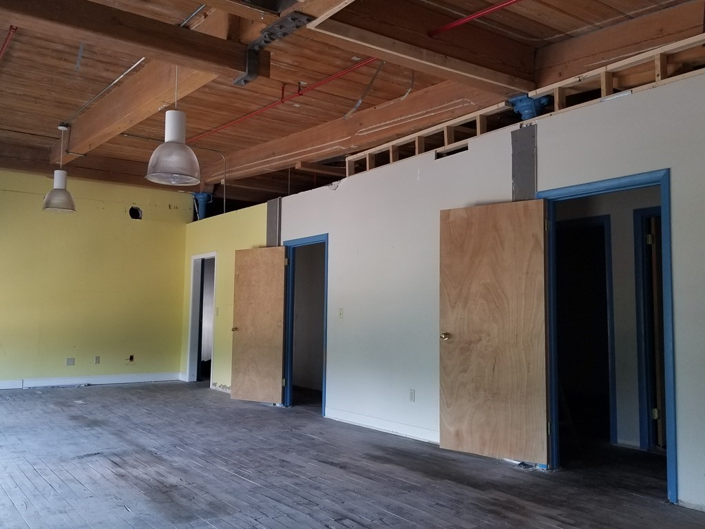 25,000 Sq Ft. of space for lease great for Warehouse or Manufacturing located on second floor with wood flooring. Space offers common area loading dock and private offices. Property is located close by to highway with visibility from highway.