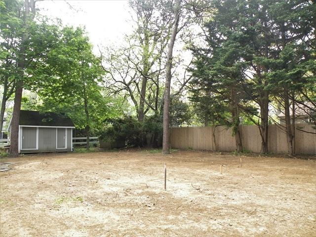 75 Pinewood Road Barnstable MA 02601