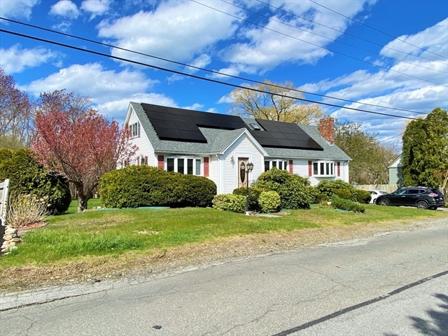 62 Grapevine Road Gloucester MA 01930