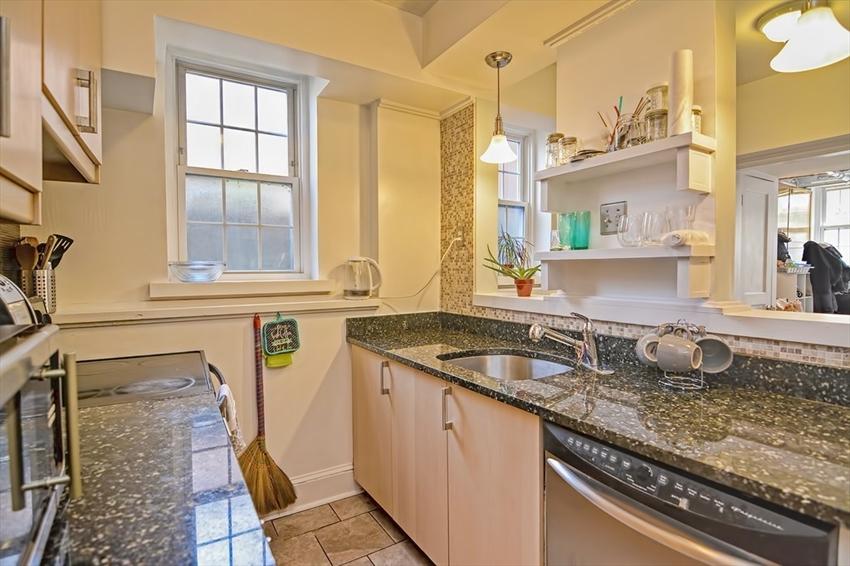 1 Lanark Rd, Brookline, MA Image 10