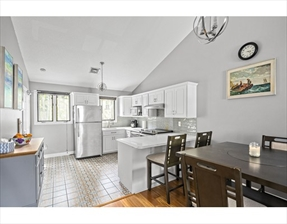 22 Fensmere Ave #22, Quincy, MA 02169