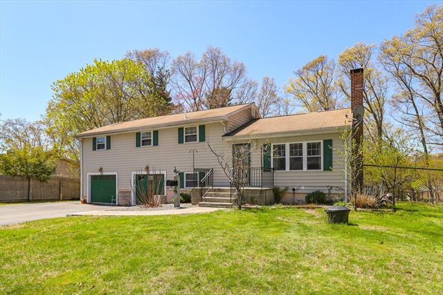 30 Arrowhead Road Bellingham MA 02019
