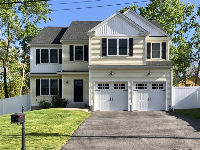 10 Oakridge Avenue Attleboro MA 02703