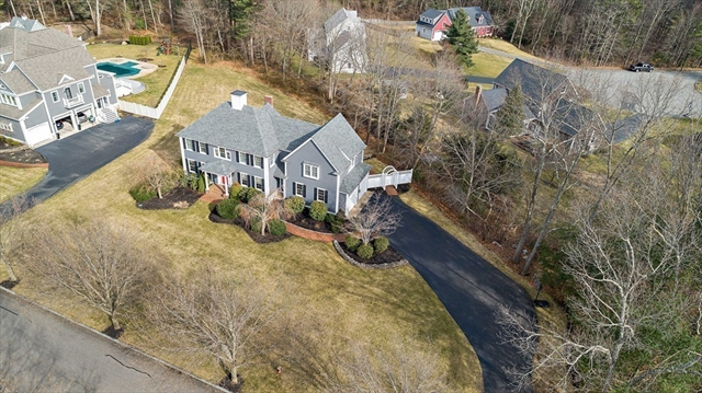 152 Deerfield Lane Hanover MA 02339