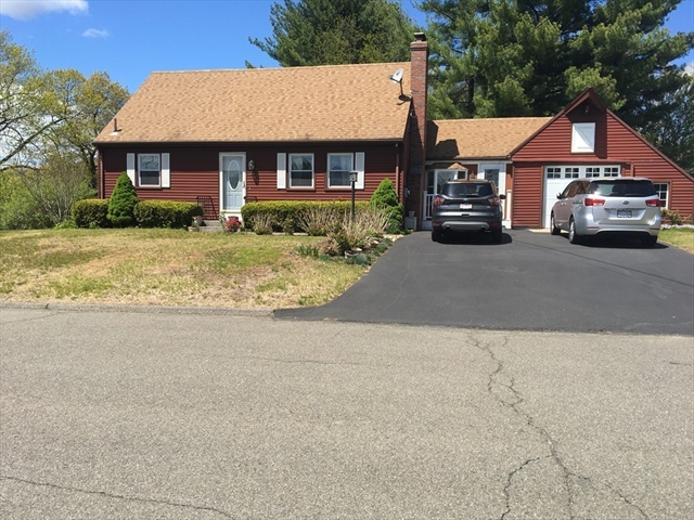 18 Old Farm Road Chicopee MA 01020