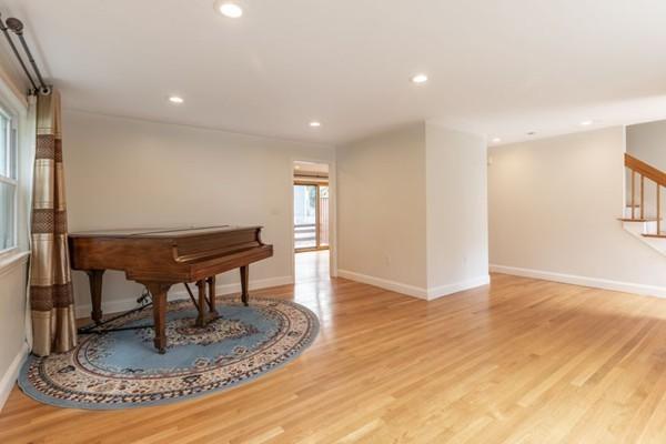 18 Belknap Terrace Winchester MA 01890