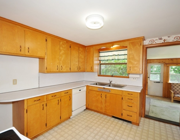 129 Cottage Street Concord MA 01742